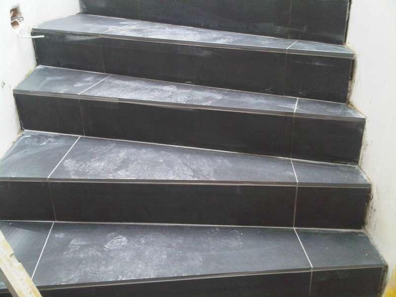 Gewendelte Treppen Fliesen Verlegen Wohndesign - Wendeltreppe fliesen anleitung