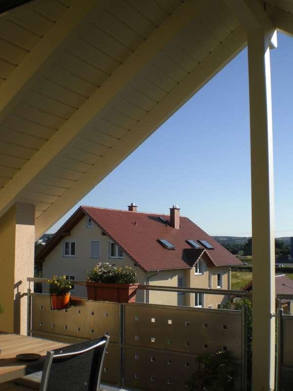 bau de forum balkon und terrasse 12005 sonnenschutz f r loggia unter giebel. Black Bedroom Furniture Sets. Home Design Ideas