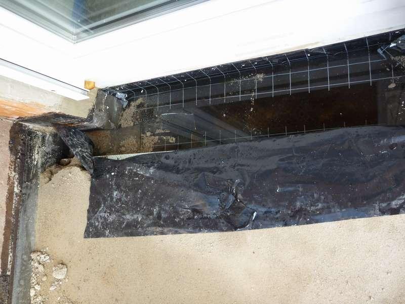 bau de forum balkon und terrasse 12057 balkonaufbau im rohbau unter wasser. Black Bedroom Furniture Sets. Home Design Ideas