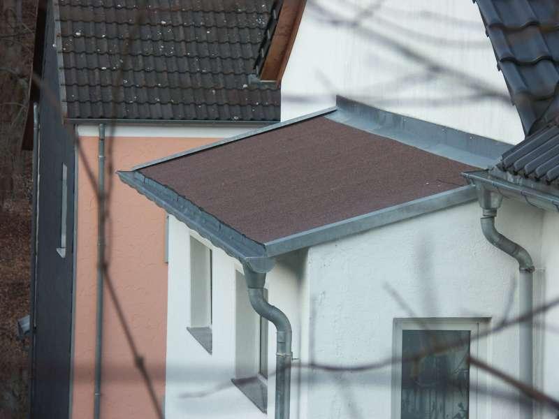 bau de forum dach 16074 entl ftung eines bitumendaches dachd mmung. Black Bedroom Furniture Sets. Home Design Ideas