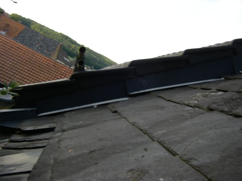 Dachanschluss Zum Nachbarn