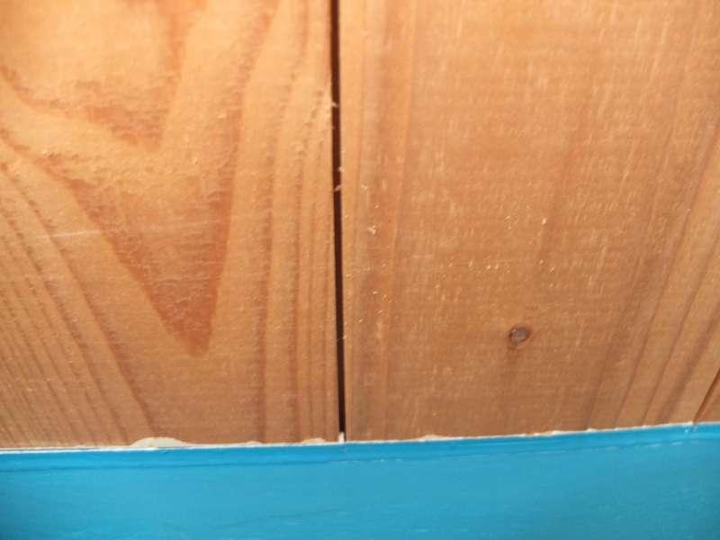 bau de forum holzschutz holzsch den holzsanierung 10433 holzsp ne im schlafzimmer. Black Bedroom Furniture Sets. Home Design Ideas
