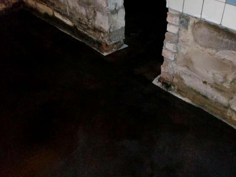 bau de bilder zum forumsbeitrag im keller wasser trotz abdichtung. Black Bedroom Furniture Sets. Home Design Ideas