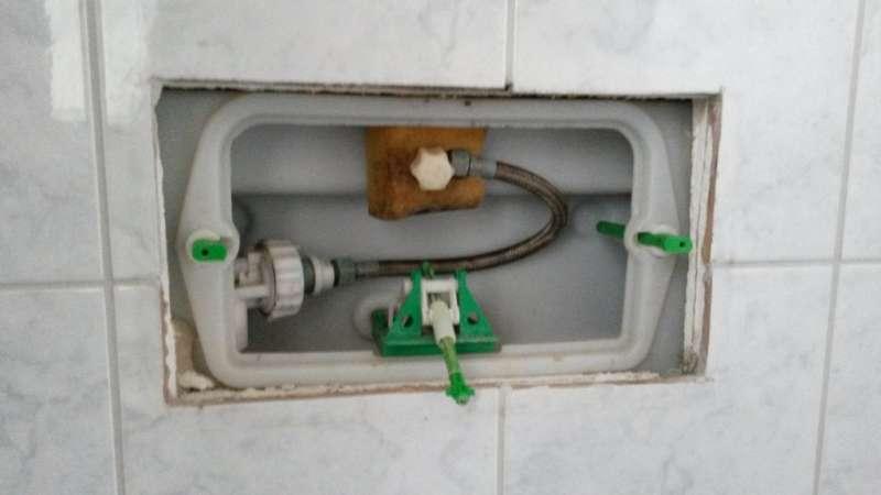 bau de forum sanit r bad dusche wc 12187 dr ckerplatte welches modell. Black Bedroom Furniture Sets. Home Design Ideas