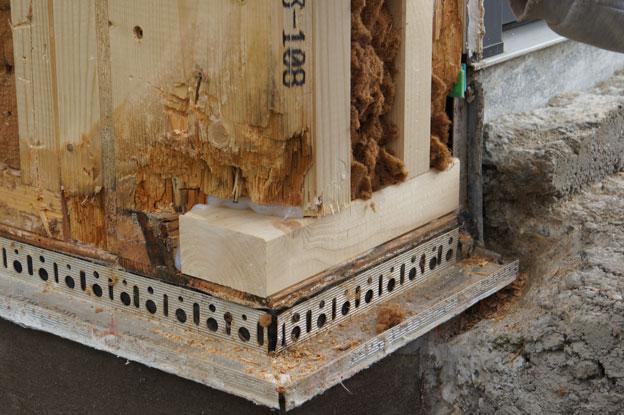bau de bilder zum forumsbeitrag feuchteschaden durch granit stufen ohne sperrschicht. Black Bedroom Furniture Sets. Home Design Ideas