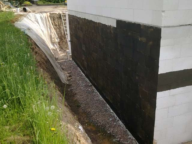 bau de forum tiefbau und spezialtiefbau 11958 drainage und versickerung von regenwasser. Black Bedroom Furniture Sets. Home Design Ideas